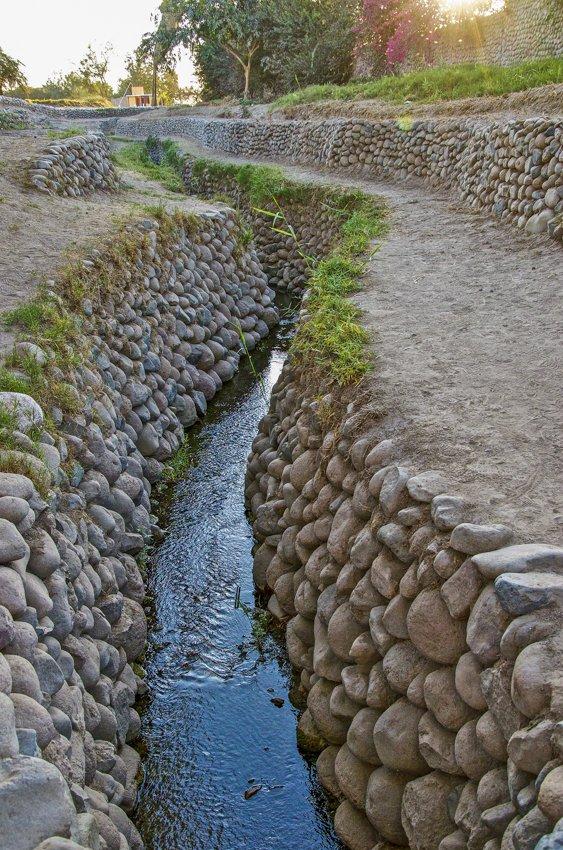 Cantalloc aqueduct, Nazca lines