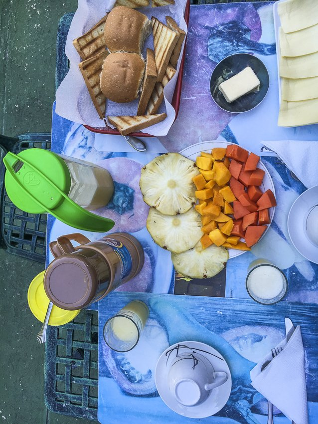Breakfast at Hostal Casa Blanca-casas particulares