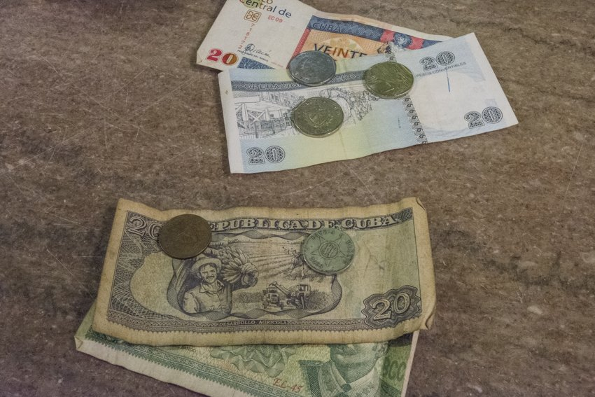 Cuban pesos, convertibles and nacionales