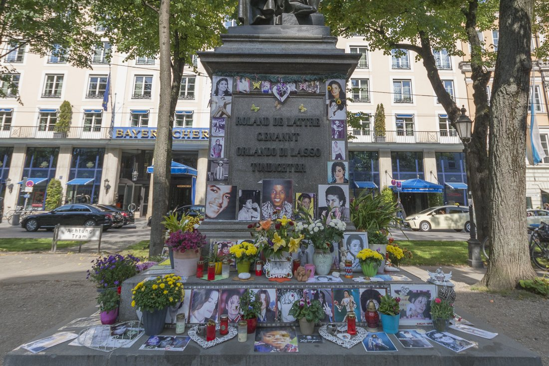 Shrine to Michael Jackson in Munich