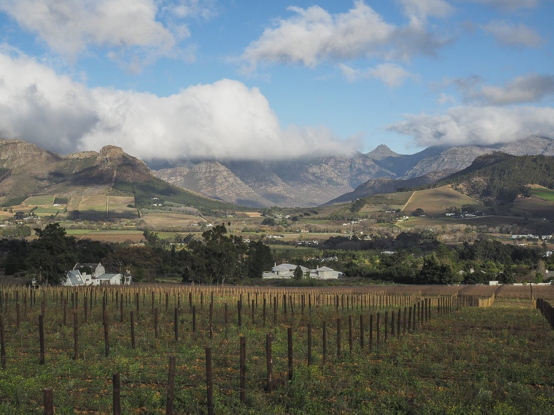 The morning clouds rolling over the mountains in Franschhoek